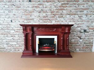 Dolls house 1/12 scale electric fireplace and accessories