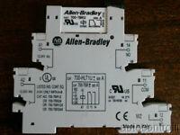 700-HLT1U* Socket Base 700-TBR12 12VDC relay Allen Bradley AB Ser A