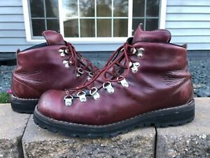 Mens Danner Mountain Light Plum Hiking Mountaineering Boot Vintage Style 10.5 EE