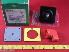 Schneider Electric KCE1LZ Handle 45X45mm Red Yellow 042428 KCE 1LZ New