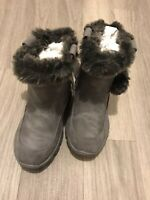 NEXT GIRLS GREY PULL ON BOOTS FAUX FUR LINED SIZE: 9 EUR: 26.5 BNWT RRP £28