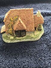 David Winter Cottage Harvest Barn British Traditions October