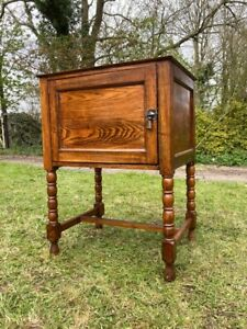 Vintage Antique Oak Barley Twist Lp Record Storage Cupboard Drinks Cabinet