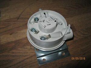 AWB 8075001 Luftdruckschalter Huba Control 604.99332 A217252.20 NEU