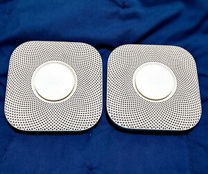 2x Nest Protect SmokeCarbon Monoxide Detectors USED/EXCELLENT { NO WALL MOUNT }