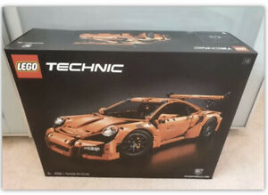 LEGO 42056 TECHNIC PORSCHE 911 GT3 RS - NEW - SEALED - FREE POSTAGE - SPORTS CAR
