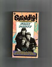 SHINDIG PRESENTS FRAT PARTY-VHS NEVER ON DVD-NM-KINGSMEN/MC COYS/DOBIE GRAY++