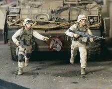 Verlinden 1/35 US Soldiers Running in Iraq War (2 Figures) [Resin Model] 2337