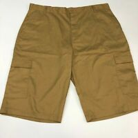 NWT LR Scoop Cargo Shorts Mens 44 Brown Modern Fit Flat Front Knee Length Casual