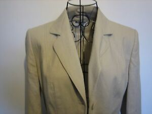 A LOVELY STYLISH WOMANS MARKS & SPENCER CREAM JACKET SIZE 8  3X BUTTONS