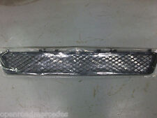 OEM GENUINE MERCEDES BENZ NEW CENTER GRILL SCREEN FOR BUMPER 10-13 LUXURY E W212