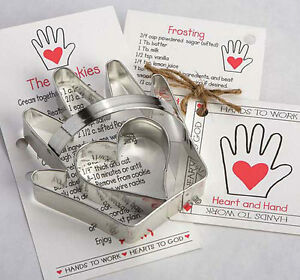HEART 'N HAND COOKIE CUTTER~~ BY ANN CLARK