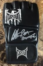 "ANTHONY ""SHOWTIME"" PETTIS (UFC/MMA) SIGNED/AUTO GLOVE!!! TAPOUT! SUPER RARE!!!"