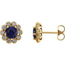 Chatham Zafiro Azul & 1/3ct. Tw. Racimo De Diamantes Pendientes en 14k