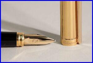 Classique S.T. DUPONT Paris Füller OB 18ct 750 Gold Feder Design Clip BOXED