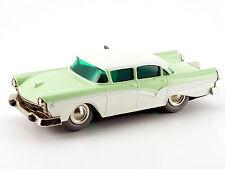 Lilliput Micro-Racer Ford Fairlane lindgrün-weiß # 126