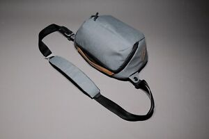 Peak Design  Everyday Sling 5L Camera Bag - Ash