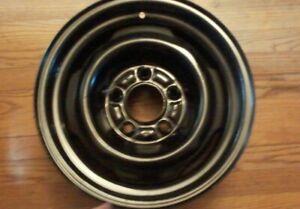 Ford Mercury Lincoln Steel Wheel 15 X 6 Rim 5x5 Bolt Pattern 5x127 OEM Kelsey