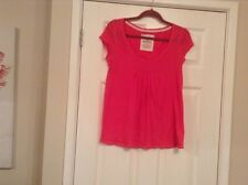 ladies hollister top size med pink,cp sleeve,gathers at front