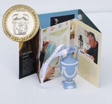 2019 Coin + Authentic Wedgwood Jasperware Urn Set UK Brilliant Unc Booklet