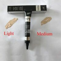 It-Cosmetics-Bye-bye-Undereye-Concealer-Light - Cache Cernes - Light ou Medium