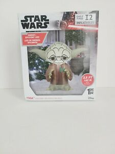 Star Wars Xmas Yoda Airblown Inflatable. Energy Efficient Led 3.5ft wide