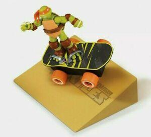 Teenage Mutant Ninja Turtles Sewer Spinnin' Skateboard & Stunt Ramp 2012