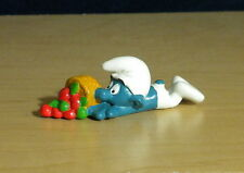 Smurfs Clumsy Smurf Basket of Apples Vintage 1983 Figure Toy PVC Figurine 20161
