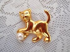 Collectible Vintage Gold Tone Cat Pin w/Faux Pearl & Crystals - Estate Jewelry