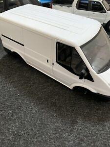 1/18 Ford Transit Powco Model Van Escort
