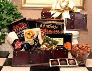 Mens Gourmet Desk Caddy Gift Basket