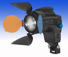LED Fresnel Kopflicht LEDGO LG-24F - Dimmbar - Spot bis Flood - 2.250 LUX