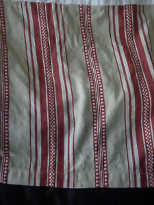 "Pottery Barn Twin Tan Red Stripe Box Pleat Split Corner Bed Skirt 13.5"" Drop"