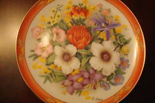 "Flowers of the World ""Flowers of Australia"" plate, signed, Danbury Mint [am14]"