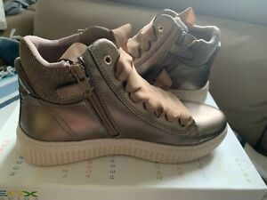 Geox girls shoes size 37, usa 5