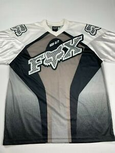 Fox Size XL White & Grey Short Sleeve Crew Neck Loose Fitting T Shirt