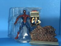 """Spider-Man Magnetic SPIDER-MAN with wall mountable accessory 6"""" Action Figure"""