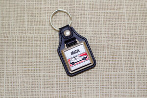Seat Ibiza Mk1 Keyring 021A - Leatherette & Chrome Retro Classic Car Auto Keytag