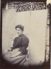 France Portrait dans le jardin Photographie Amateur SnapshotPL10L3-35 Vintage