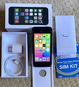Special: iOS Ver. 8.3 - Apple iPhone 5s - 16GB - Unlocked