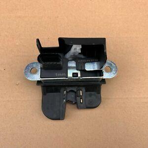 Volkswagen Golf Gen 7 2014 Rear Hatch Locking Actuator Latch Lock