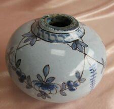 Encrier en faïence de Nevers Antoine Montagnon décor floral bleu
