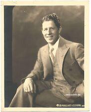 RUDY VALLEE AUTOGRAPH PHOTO-CIRCA 1930s-RARE 8X10-G MAILLARD KESSLERE NY