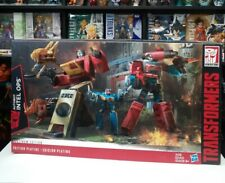 Transformers Platinum Edition Autobot Intel Ops Blaster & Perceptor