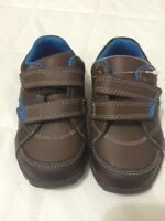 Boys Clarks First Shoes Size 4.5F With Lights