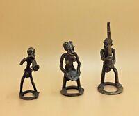FIGURINES AFRICAINES RITUELLES EN BRONZE/ 3  African Bronze Statuettes