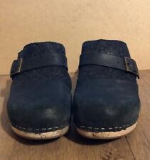 Toms Elisa Platform Wooden Heel Clog Black Floral Embossed Leather~ 9