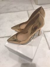 Steve Madden new rose gold size 6 court shoes