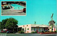 Stockton CA Tou-Rest Motel Wilson Way Postcard Unused (26063)