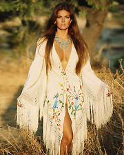 Raquel Welch 8x10 Color Classic Celebrity Photo #55